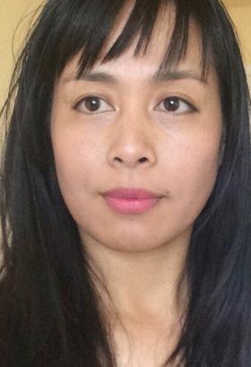 Elle Peyarre Author